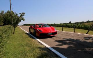test drive Maranello tour Long 30 minuti