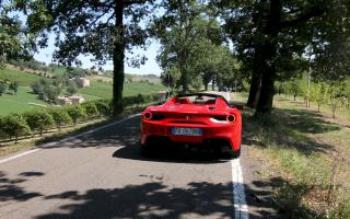 test drive Maranello tour Long 30 minutos